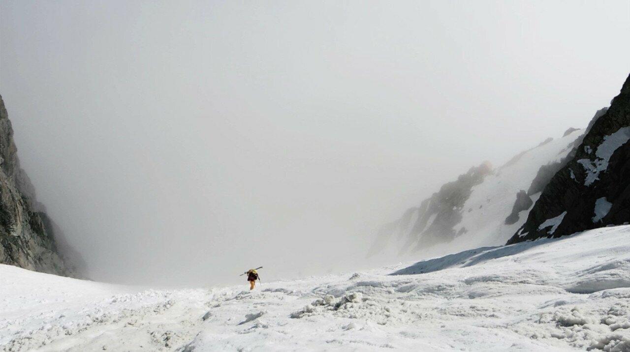 Monviso mon amour_10_Uscita dalla nebbia 1280
